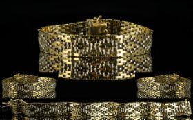 Superb Quality Mesh / Chain Mail Design 9ct Gold Bracelet.