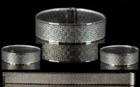 Retro - Superb Quality 9ct White Gold Mesh Style Bracelet of Stylish Design and Construction. c.