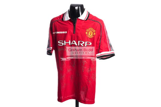 Manchester United replica home jersey signed by the 1999 Treble ... ab91af5ef