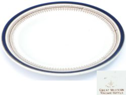 GWR china side plate with blue and gilded rim and base marked GREAT WESTERN RAILWAY HOTELS. Measures