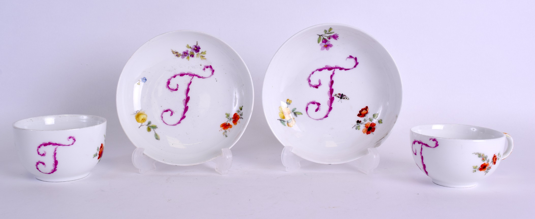 Lot 86 - AN 18TH CENTURY GERMAN BERLIN TEABOWL AND SAUCER together with a matching teacup and saucer, painted