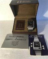 Lot 52 - A Gents 1970's Zenith stainless steel quartz watch with original box and papers.