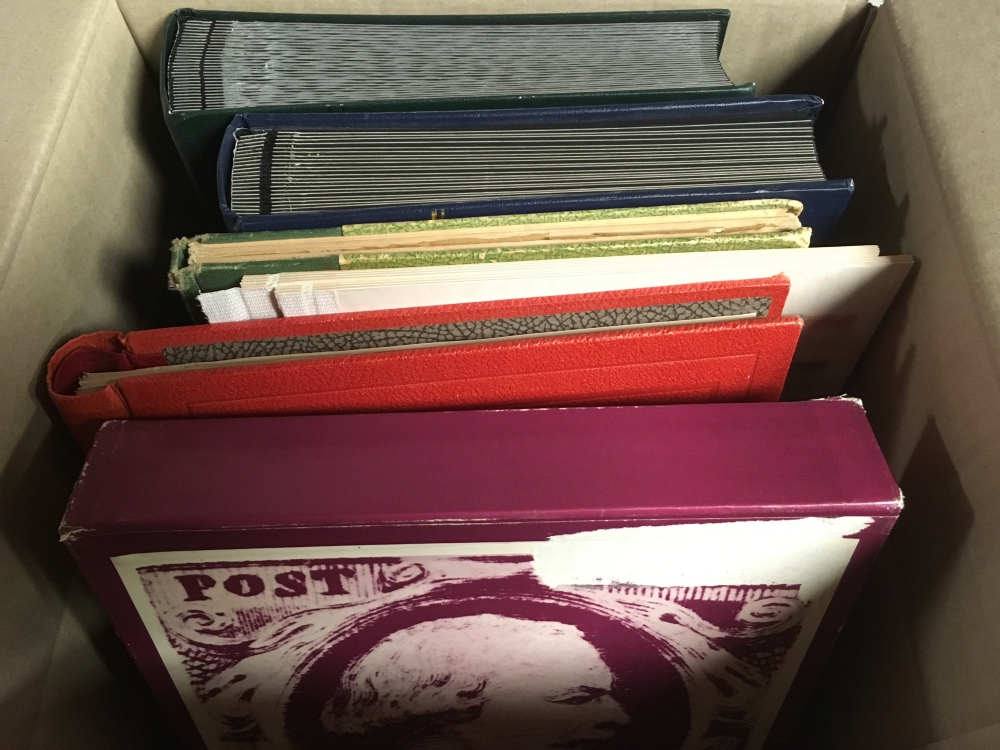Lot 18 - BOX OF VARIOUS IN FIVE VOLUMES, USA, COM