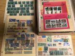 Lot 33 - SMALL BOX REVENUES, CINDERELLAS, LOCALS,