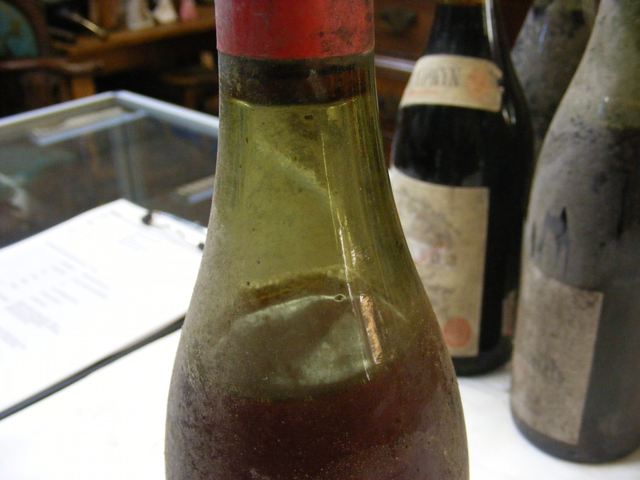 Lot 51 - Eleven bottles of vintage wine - 1958, 1960's, 70's