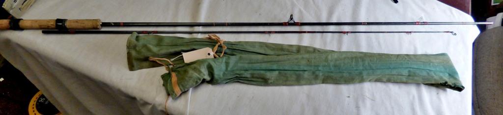 Lot 7 - Hornet Pinfibre - 9ft (2) section fibre rod