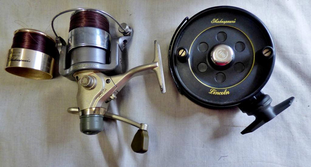 Lot 22 - Lincoln Centre Pin Reel, Shakespeare Medalise Spinning Reel