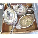 White Metal-Tea/coffee set- English white metal tea/coffee set (4) Pieces
