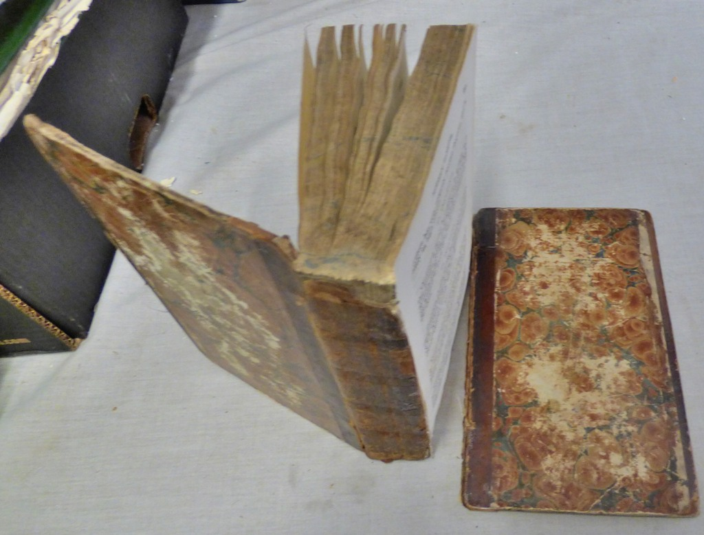 Lot 30 - Lawson A The Modern Farrier published 1827 Mackenzie and Dent in need of rebinding etc