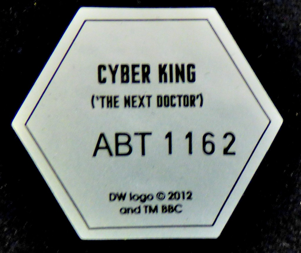 Lot 3 - Dr Who-Figure - Cyber King 'The Next Doctor'- in original box as new - excellent condition - Model