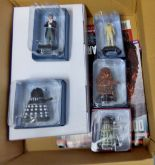 Lot 21 - Dr Who-(5) Figures + Magazines + Plinth -Models-Supreme Dalek AEC9563-The Second Doctor AEO 3689-