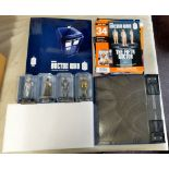 Dr Who - (4) Figures + Plinth + Magazine Album with some magazines-models-Madame ABV8801-Cyber