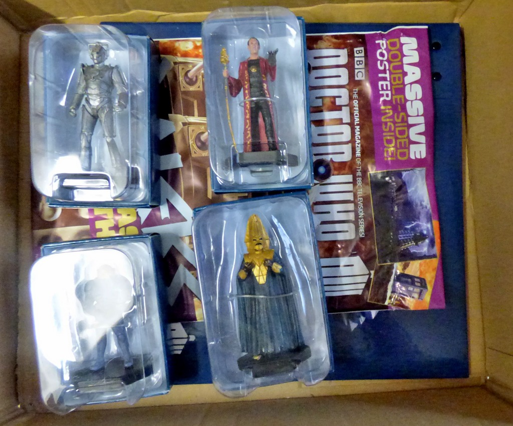 Lot 17 - Dr Who - (4) Figures + Sticker Album and stickers-Models Cyber Controller JL149-Rassilon AAG0984-