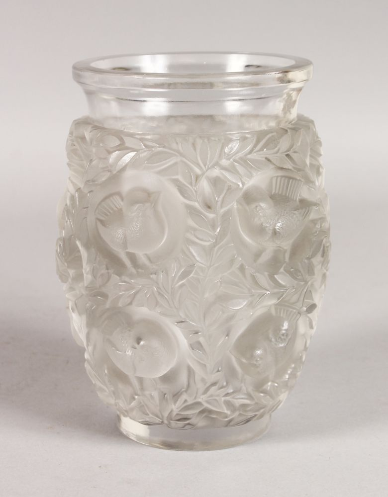 A Good Lalique Bagatelle Clear And Frosted Vase With Birds