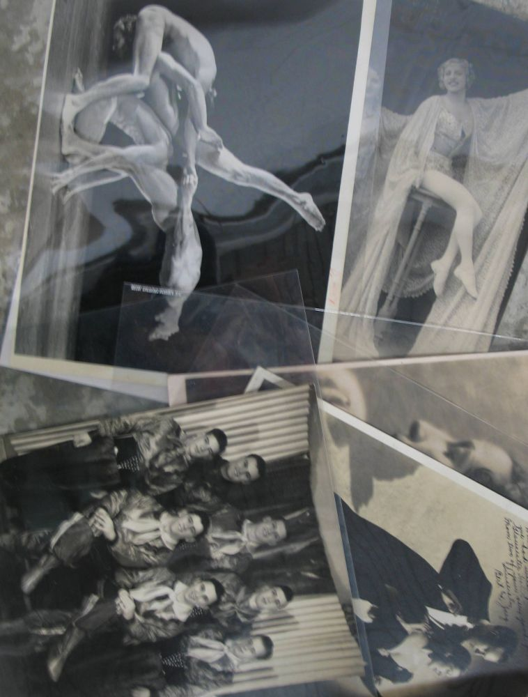 Lot 22 - [PHOTOS] small coll'n of 20th c. DANCE related photographs