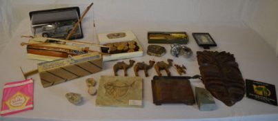 Various fossils, treen,