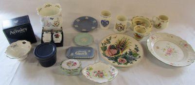 Selection of ceramics inc Aynsley,