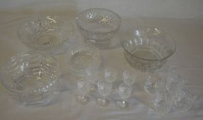 Various glass bowls and drinking glasses,