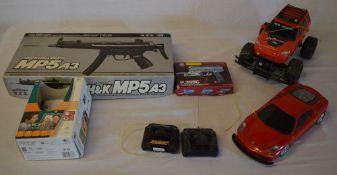 2 BB guns,