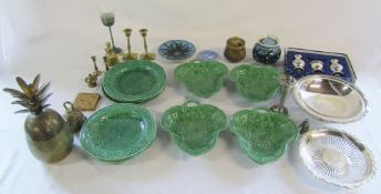Assorted ceramics inc majolica plates and leaf dishes (af), Spode and Alvingham,