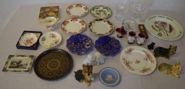 Various ceramics including Wedgwood jasperware plate, Masons plate,