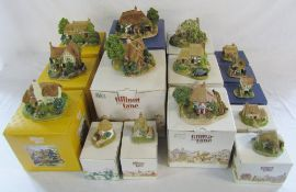 15 boxed Lilliput Lane cottages inc Collectors Club - The Pottery, Woodman's Cottage,