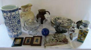 2 boxes of assorted ceramics and glassware etc