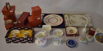 Various ceramics including Palissy