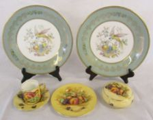 Assorted Aynsley ceramics inc pair of cabinet plates & Orchard Gold