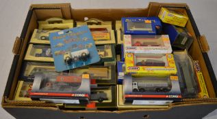 Quantity of die cast model cars including Lledo, Days Gone,