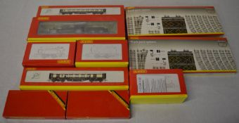 Quantity of boxed Hornby including plastic locomotives, super detail carriages,