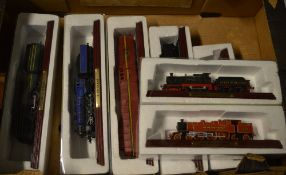 Approx 7 model locomotives,