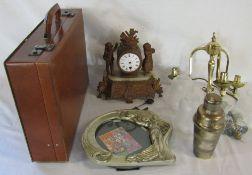 Briefcase, mantle clock (af),