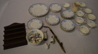 Blue and white part tea set (AF) German pipe (AF) and collection of ceramic thimbles
