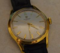 Gents Universal Geneve gold plated (40 microns) wristwatch,