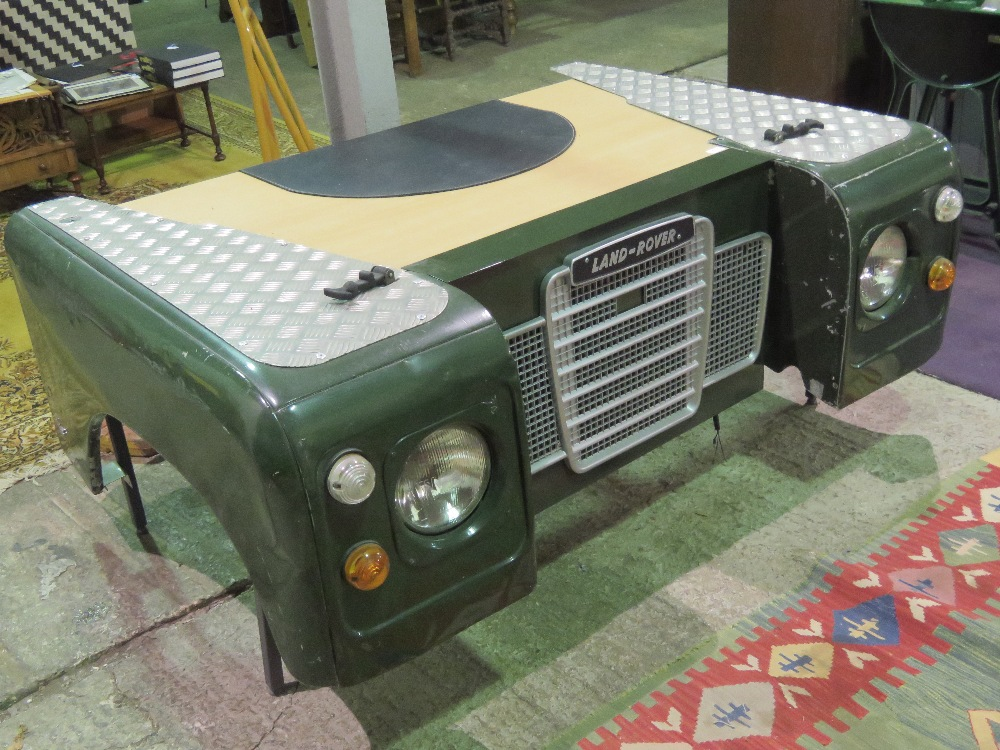 Lot 71 - For the Land Rover enthusiast;
