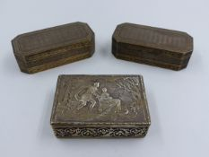 A SILVER HALLMARKED ENGRAVED HINGED BOX, WITH A CHESTER HALLMAR DATED 1890 CHESTER, APPROXIMATE