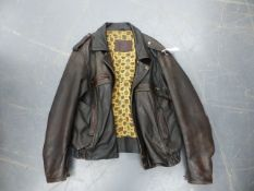 A GOOD QUALITY LEATHER JACKET SIZE 46.
