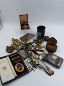 A VARIETY OF COLLECTABLE'S TO INCLUDE A CASED 9ct GOLD MASONIC MIDDLESEX MEDAL AND A 9ct GOLD