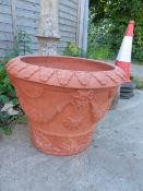 A WHICHFORD POTTERY GARDEN PLANTER.