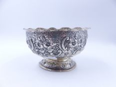 A LATE VICTORIAN SILVER HALLMARKED ROSE BOWL, DATED 1899 LONDON, 15cm DIAMETER, 9cm HIGH, WEIGHT