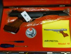 A GOOD ORIGINAL MODEL 10 .177 TARGET AIR PISTOL IN BESPOKE CASE WITH INSTRUCTIONS.