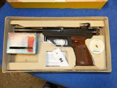 A RARE HAMMERLI SINGLE .177 CO.2 POWERED AIR PISTOL SERIAL No.14855 COMPLETE WITH ORIGINAL BOX AND