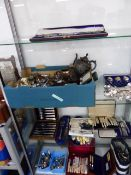 A LARGE COLLECTION OF ANTIQUE AND LATER SILVERPLATE TO INCLUDE CUTLERY, TEAWARE,ETC SOME CASED. (