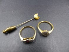 TWO 18ct AND PLATINUM RINGS TOGETHER WITH A FOX HEAD STICK PIN STAMPED 15 WITH A STAINLESS STEEL