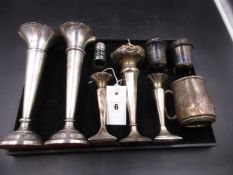 A QUANTITY OF SILVER HALLMARKED ITEMS TO INCLUDE A PAIR OF JAMES DIXON & SONS WEIGHTED BUD VASES