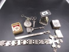 AN ANTIQUE SILVER SET OF MINIATURE POSTAGE SCALES DATED 1903, TOGETHER WITH A MINIATURE SILVER