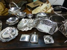 A HALLMARKED SILVER POCKET FLASK, A CIGARETTE CASE AND ASHTRAY TOGETHER WITH AN OAK CASED CANTEEN OF