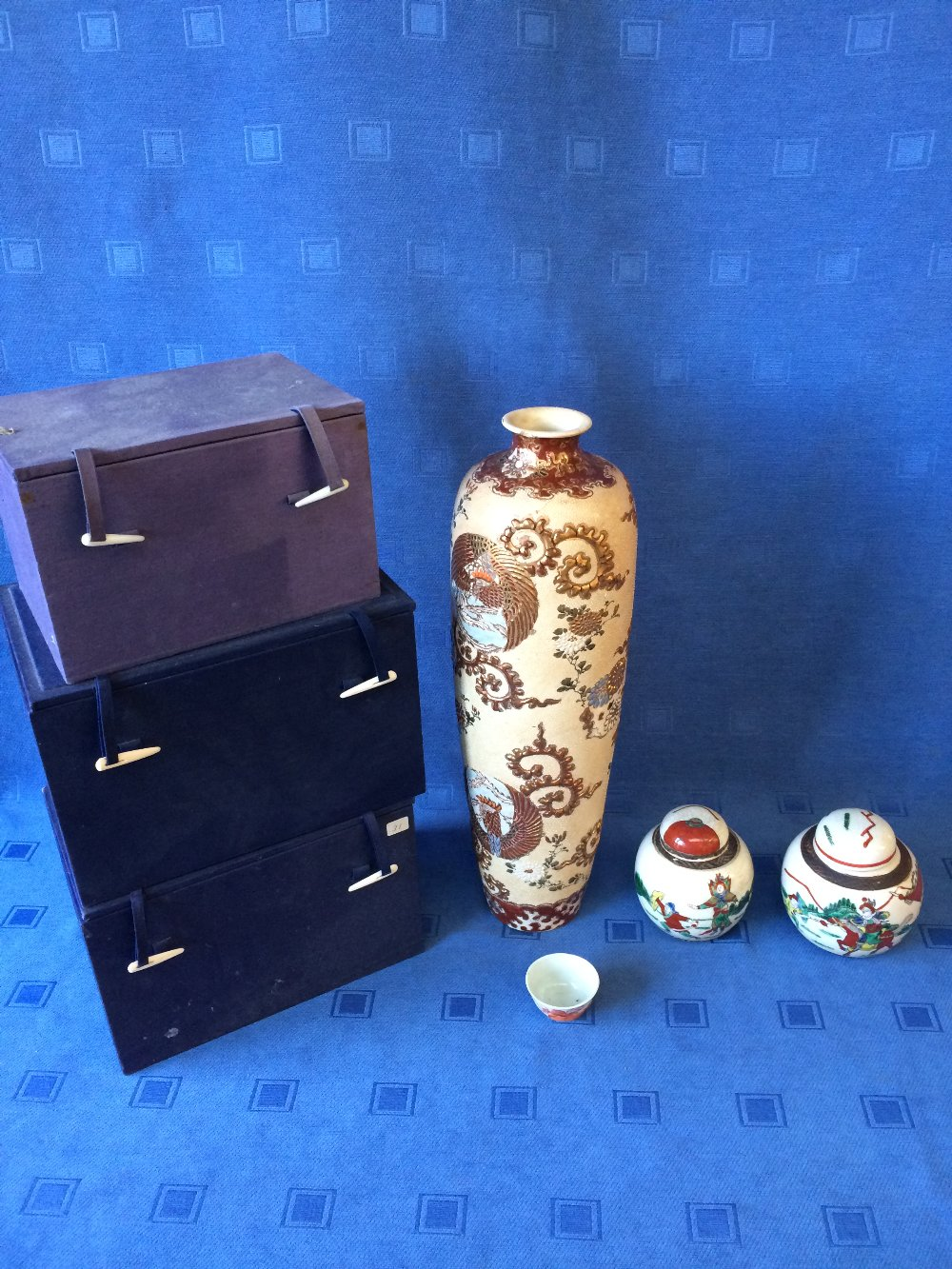 Lot 11 - Pair of Chinese ginger jars, tea bowl & 3 boxes