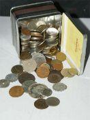 Lot Münzen dabei auch ältere Ausgaben in alter Tabakdose